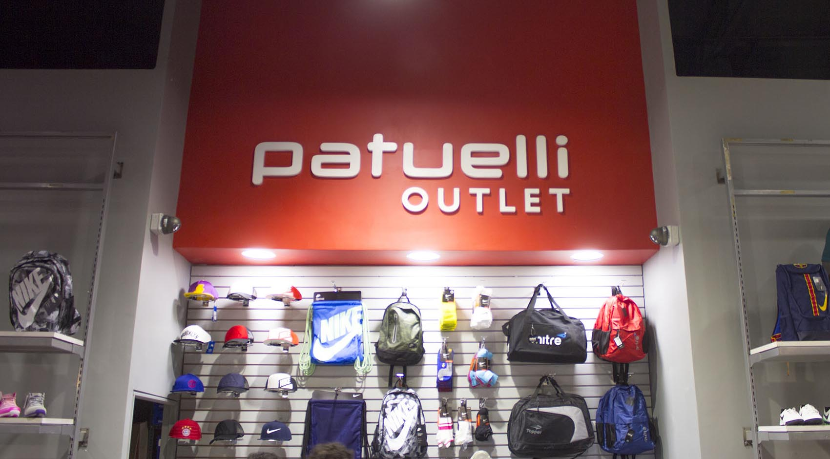 Outlet Patuelli Mall Easton